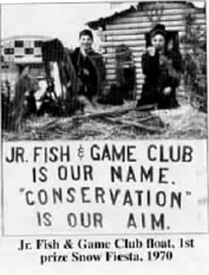 Jr. Fish & Game Club float